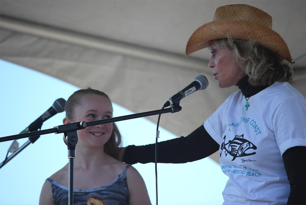 Jane Fonda with youth activist Tiger at Toast the Coast, a Greenpeace event held June 13 in Vancouver